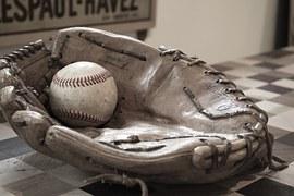 baseball-582887__180